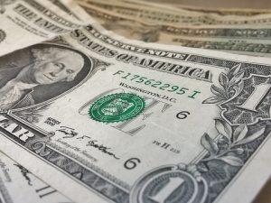 Валютный рынок в июне: dollar forever