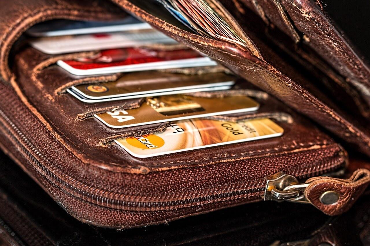 MasterCard, Visa, Maestro: какую карту выбрать