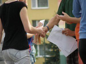 Законные взаимоотношения: какой договор подписать с работодателем
