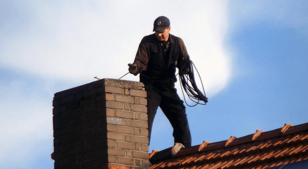 Необычная профессия: трубочист — светлая миссия черного ремесла