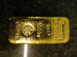 Инвестиции в золото: стоит ли начинать