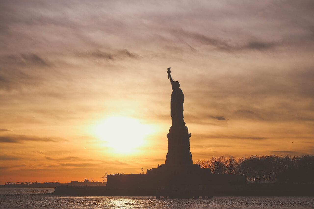 Лотерея «Грин Карт»: как уехать в США
