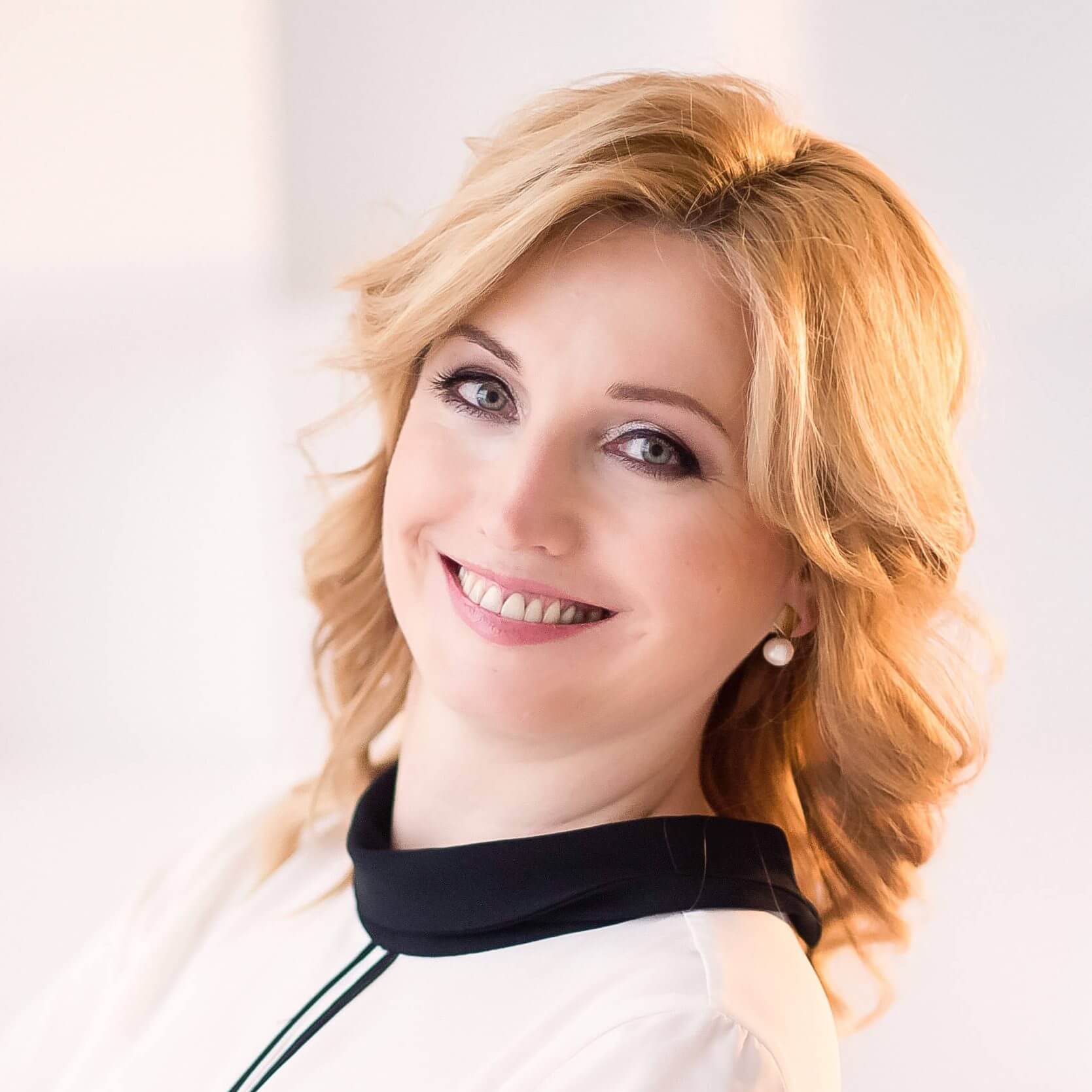 Анна Зеленцова