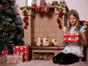 Что подарить на Новый год: топ-10 подарков для детей