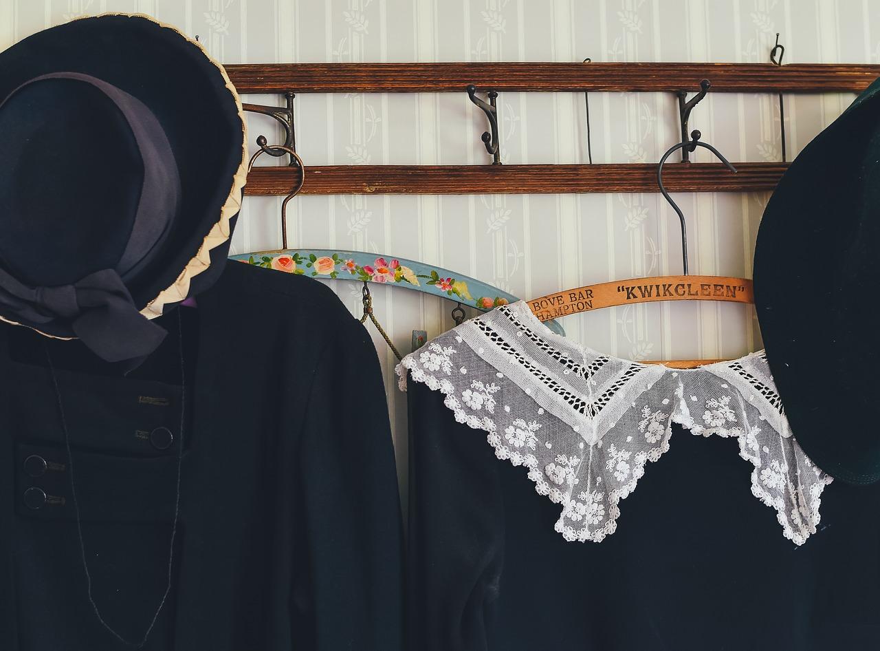 10 лайфхаков, чтобы сохранить одежду