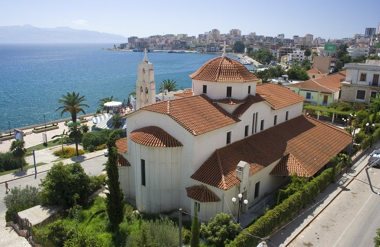 Стоит ли покупать недвижимость в Албании