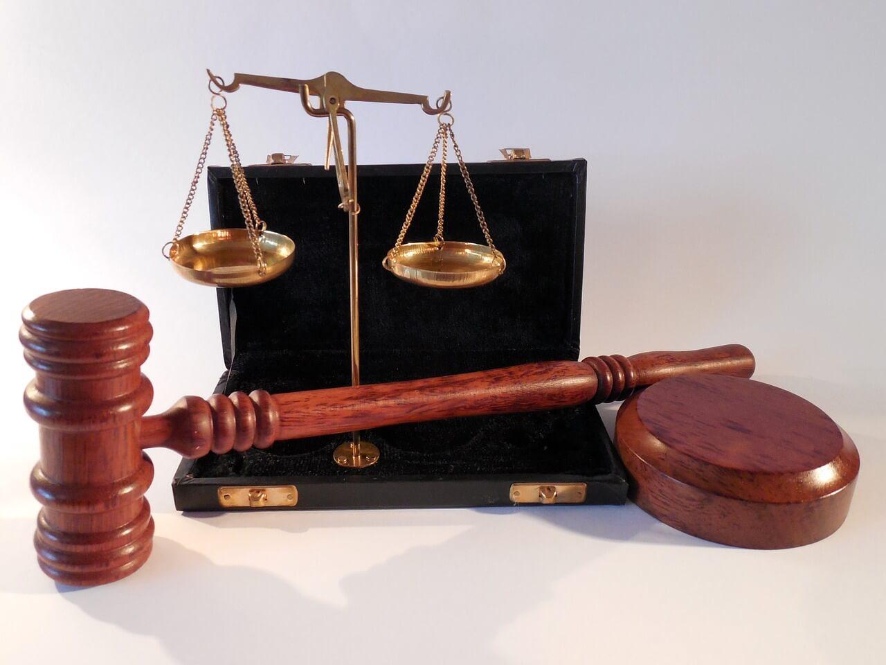 Прецедентное право в России: за и против