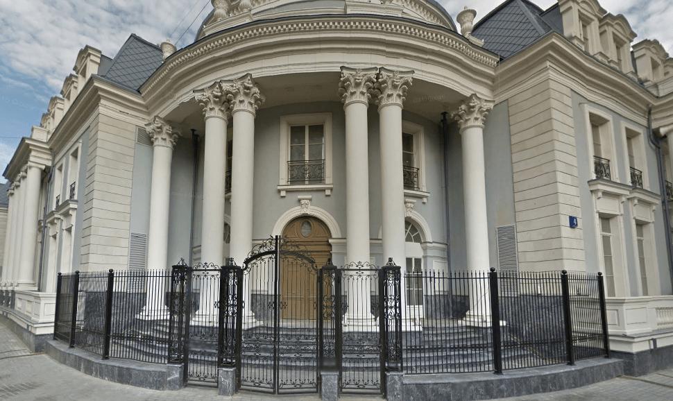 Сколько стоит самая дорогая квартира в Москве
