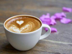 Сколько стоит чашка кофе