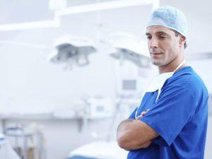 Сколько зарабатывают врачи