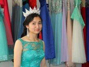 Как выбрать платье на выпускной-2017?