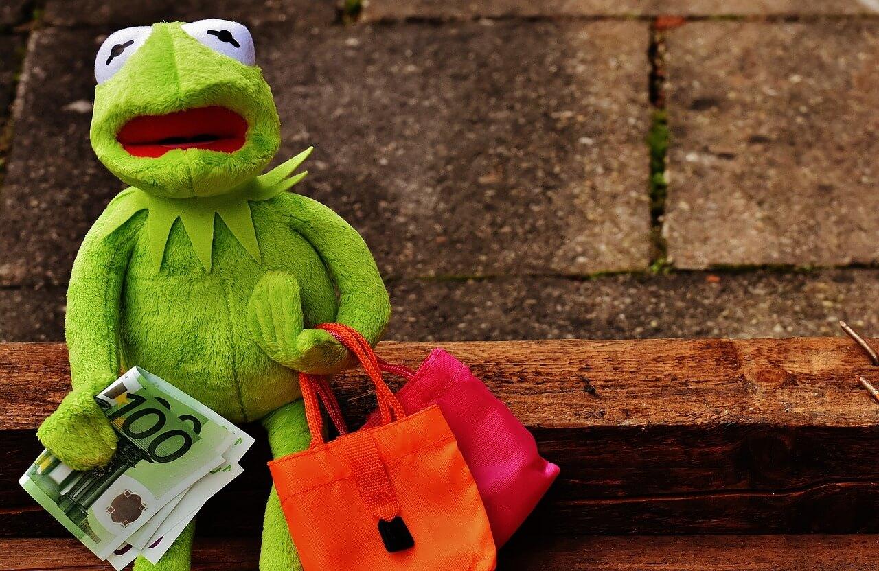 5 глупых способов потратить деньги
