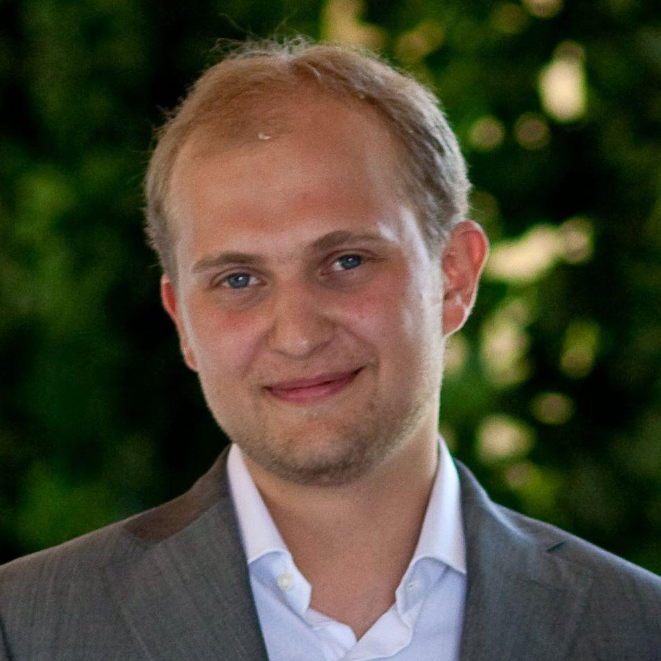 Евгений Светиков