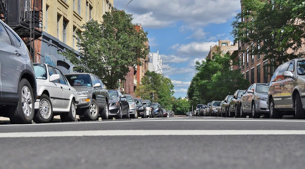 Покупка автомобиля в кризис: разумный баланс цены и качества