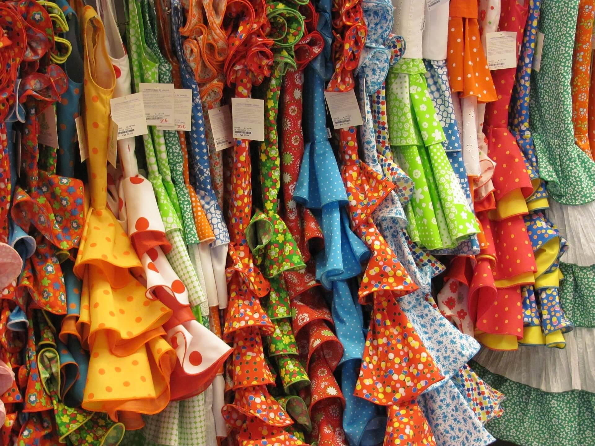 Рынок модной одежды: продавцов много, а надеть нечего
