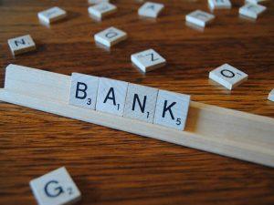 Жизнь с нуля: куда податься банкирам