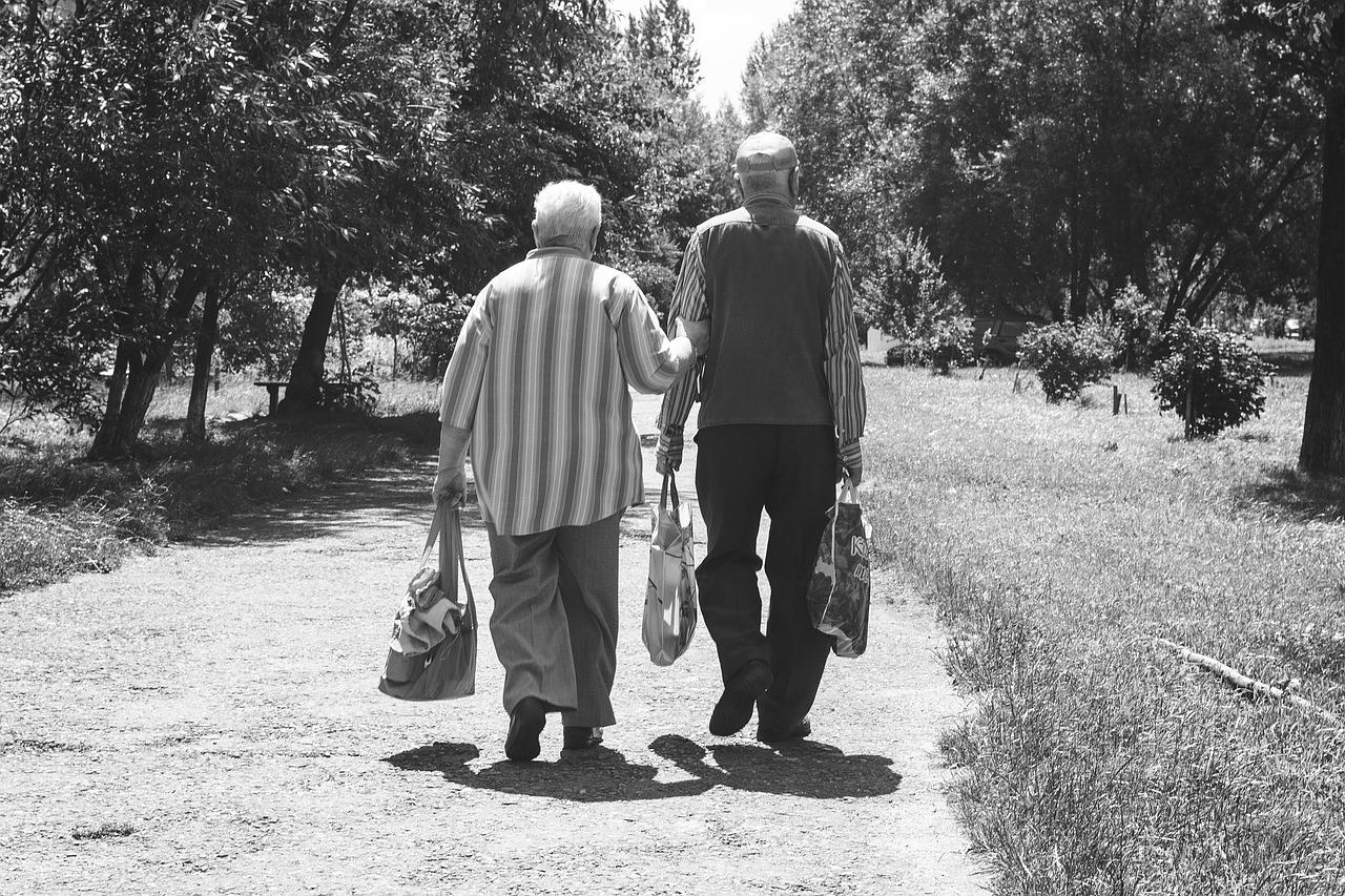 Пенсионеры: на границе между бедностью и нищетой