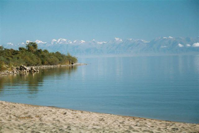 Отдых в СНГ: Иссык-Куль — жемчужина Тянь-Шаня