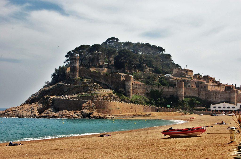 Recinte_emmurallat_i_Castell_de_Tossa_(Tossa_de_Mar)_-_2