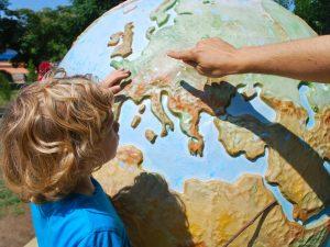 С детьми за границу: с документами и без