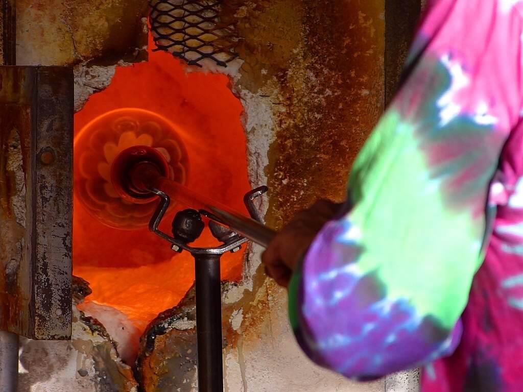 Необычная профессия: стеклодув — искусство и ремесло