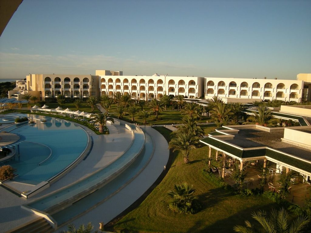hotel-188546_1280