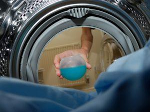 Как избавиться от пятен в домашних условиях