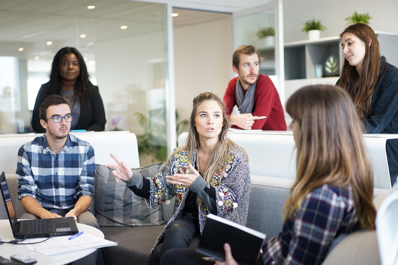 Совмещение и совместительство: дополнительные обязанности на работе