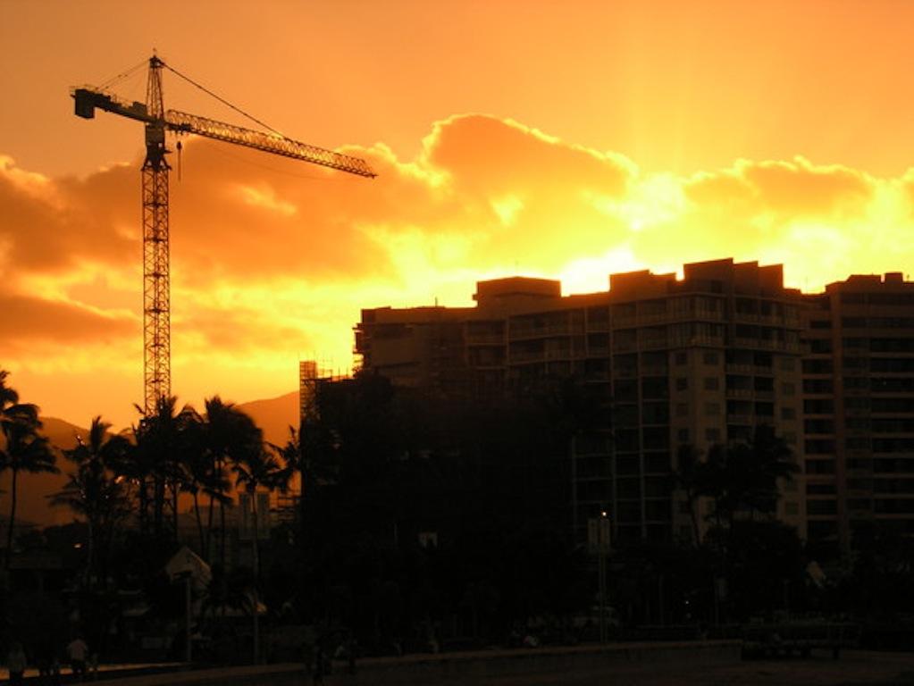 Стоит ли инвестировать в недвижимость