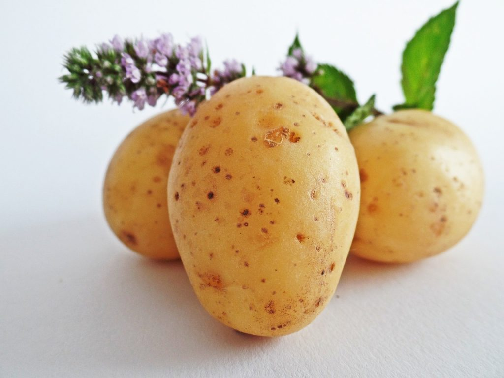 potatoes-448610_1280