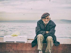 Сколько получают пенсионеры?