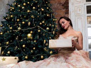 Сколько потратят россияне на новогодние подарки