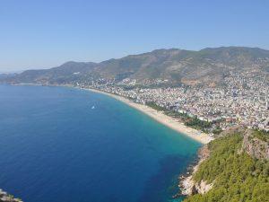 Почему россияне мечтают о Турции на майские праздники
