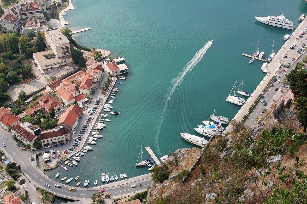 Проверка недвижимости в черногории