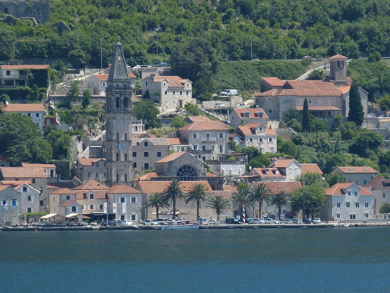 Опасно ли жить и отдыхать в Черногории