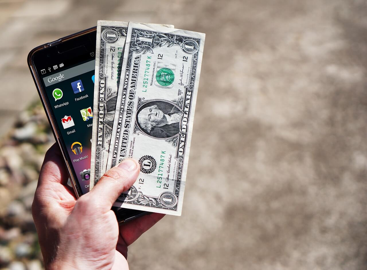 Безналичные платежи: чем мы будем платить в будущем