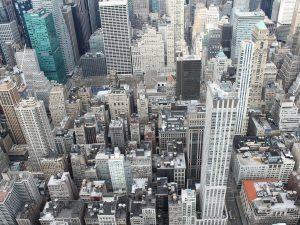 Как искусственный интеллект трансформирует городскую инфраструктуру