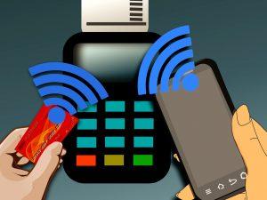 Как оплачивать покупки без наличных и карт
